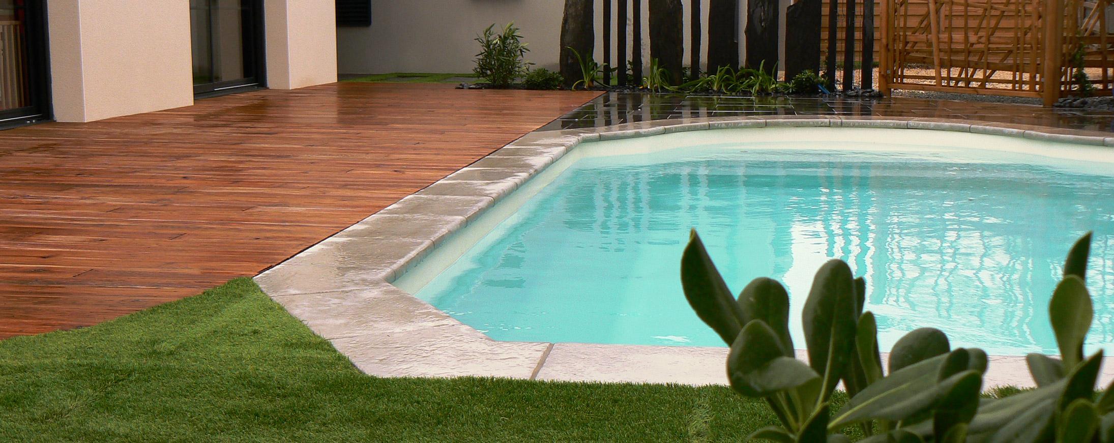 Paysagiste en vend e am nagement et conception de jardin for Marchand de piscine